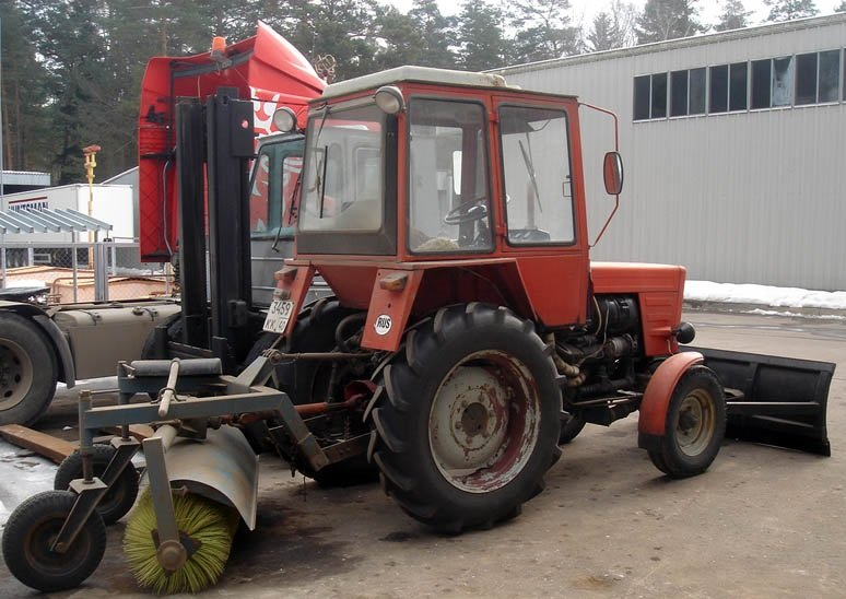 traktor-t-30-primenenie