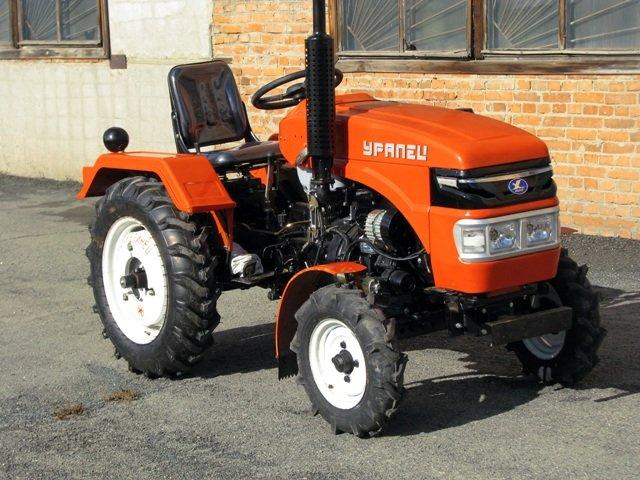 Заходим на скоростях: российский мини-трактор «Уралец» покоряет Европу