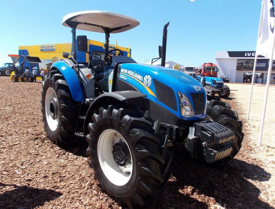 Трактор New Holland T7060 технические характеристики.