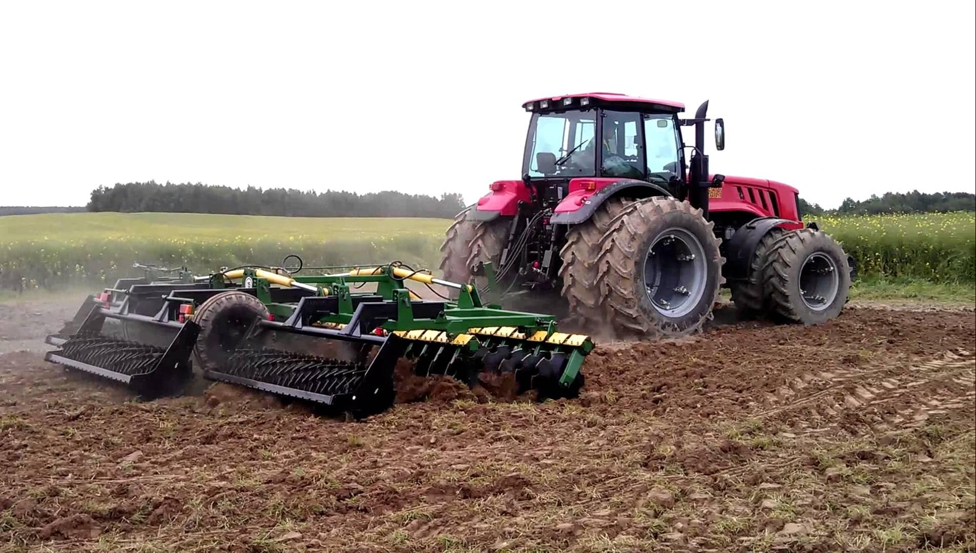 odin-iz-samyx-moshhnyx-belorusskix-traktorov-mtz-3022