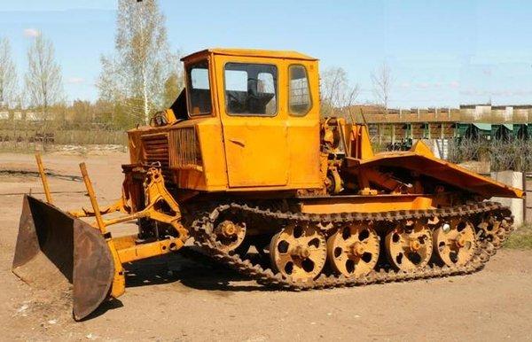 osnovnyie-tehnicheskie-harakteristiki-kotoryimi-obladayut-trelevochnyie-traktoryi-tdt-55